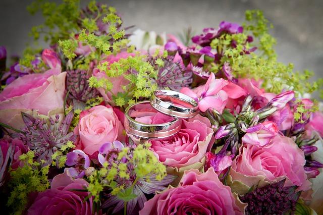 flowers-260893_640