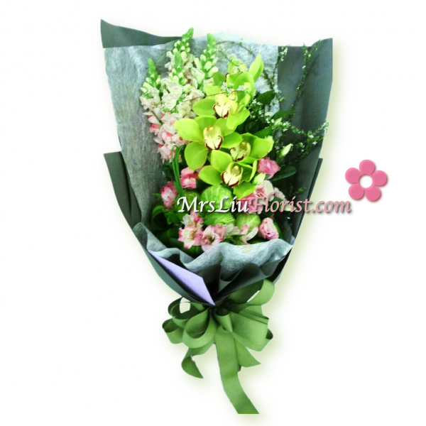 RB16-綠蕙蘭桔梗花束-1