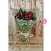 11支玫瑰屈金香花束2
